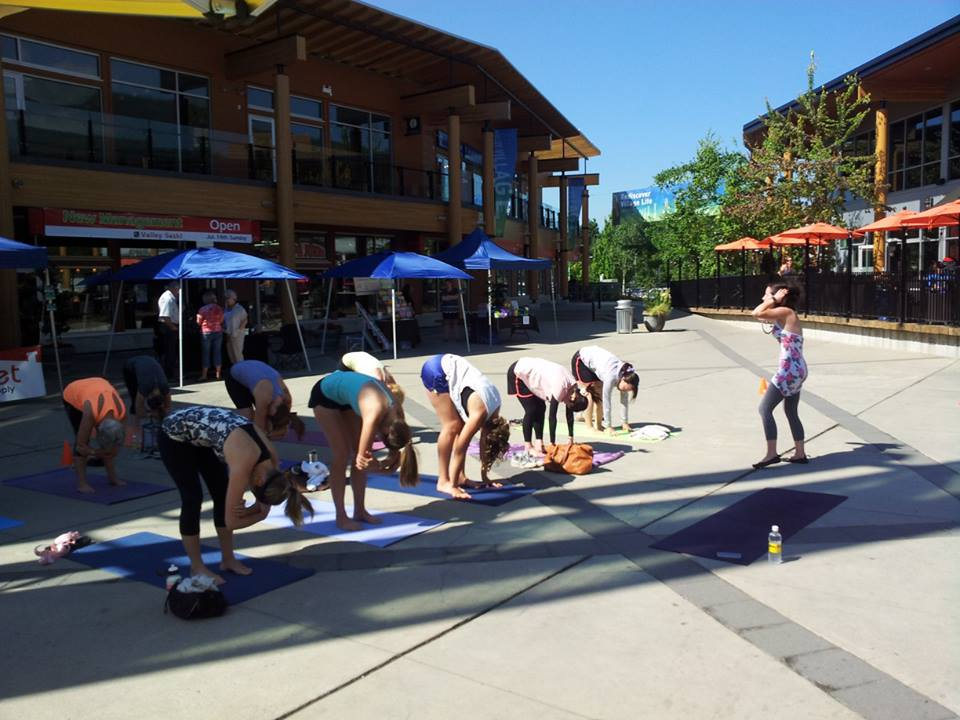 social saturday outdoor yoga class